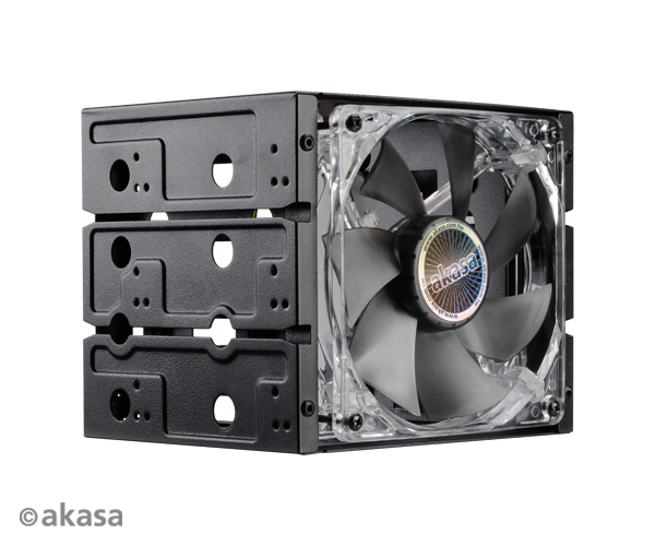 Akasa cagestor quad 3 5 hdd in three bay expansion for Kit da 3 bay