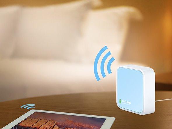 TP-LINK TL-WR802N N300 Nano Pocket Wi-Fi Router, 300Mbps at 2.4GHz, 2 internal antennas, 1 Ethernet Port